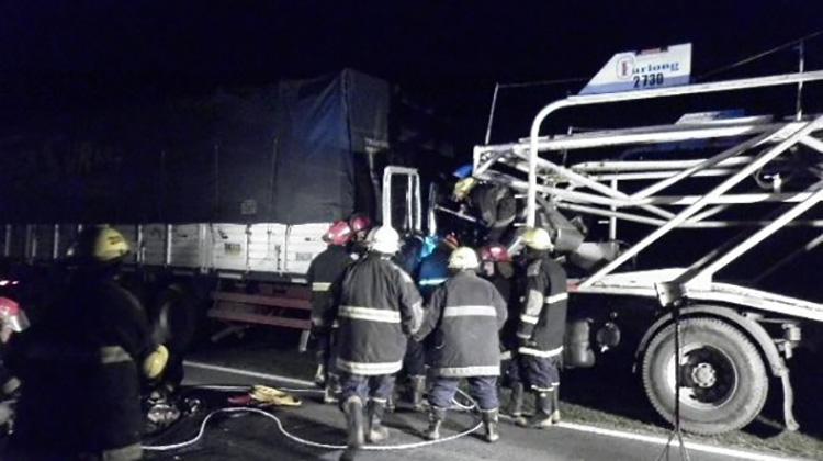 Ruta 5: Chocaron dos camiones