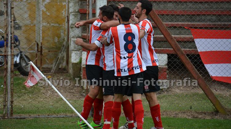 Atlético lidera el Campeonato