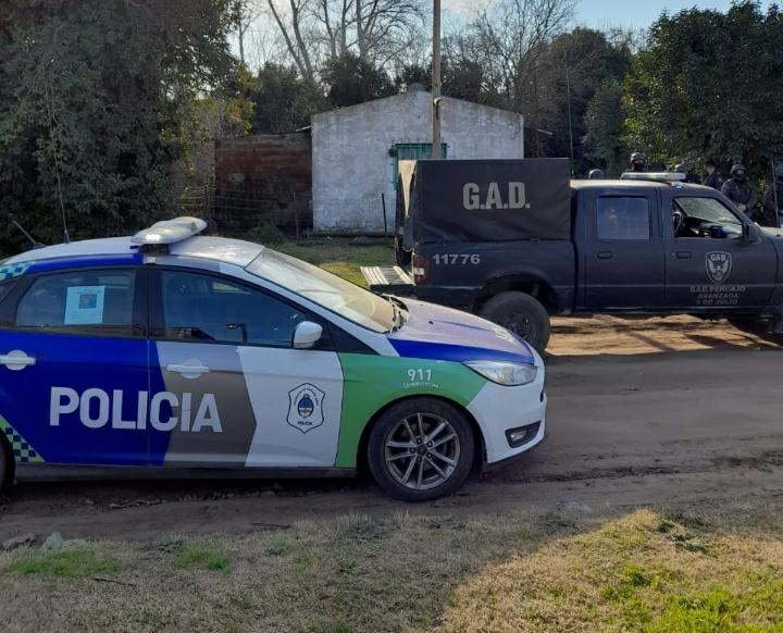 Tres allanamientos en Dudignac con detención