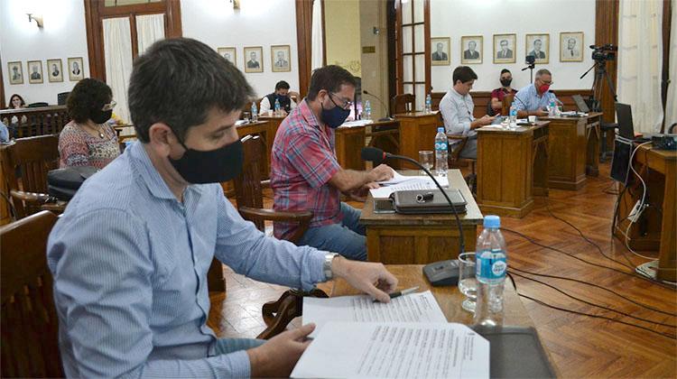 La oposición pide tratar recomposición salarial de municipales