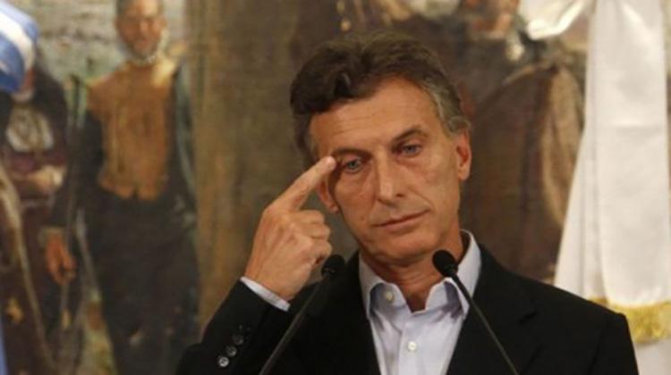 Macri y familia en la mira