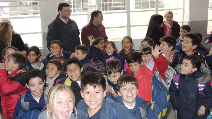 Finocchiaro anunció obras para Escuela 1