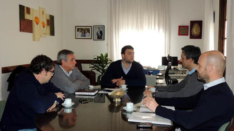 Barroso recibió a funcionarios