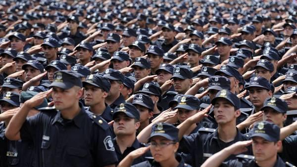 La flota de policía Comunal espera la llegada de 20 efectivos