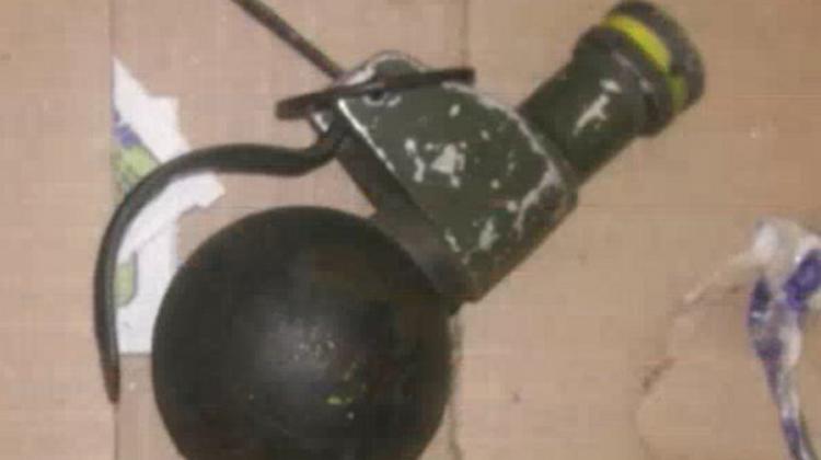Hallan granada a metros de la casa Forns