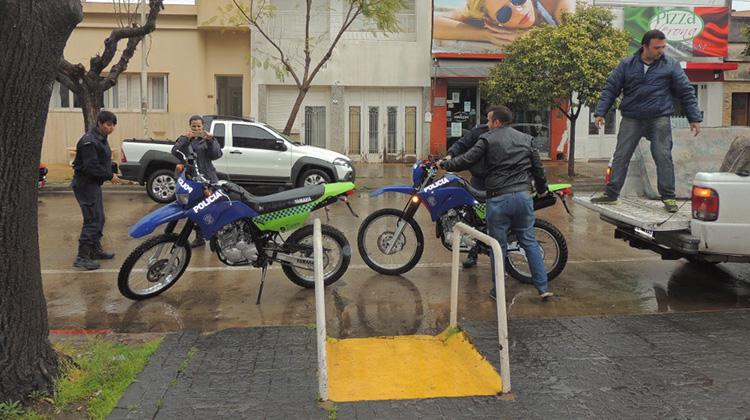 Policía recibió motocicletas