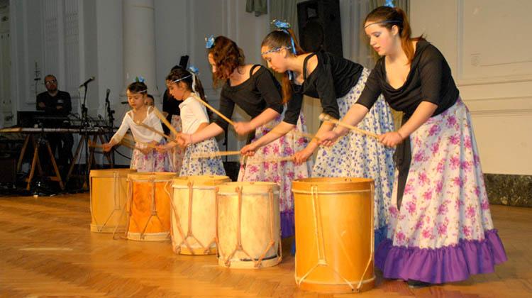 Cla Lauquen celebró Bodas de Plata