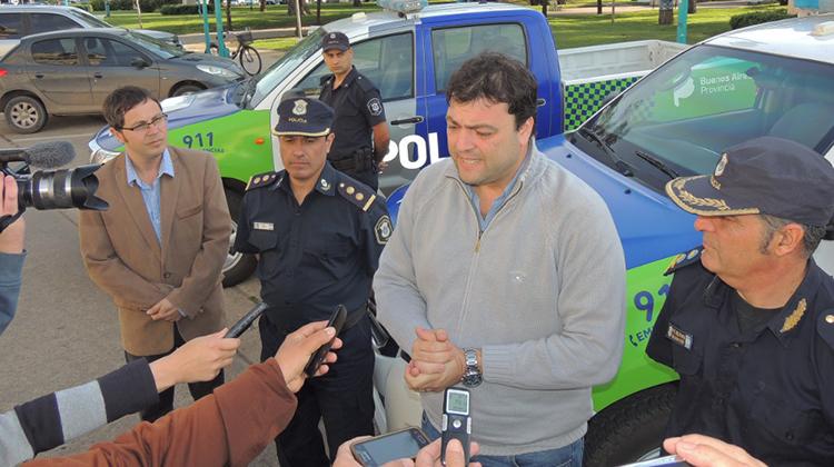 Se incorporan nuevos móviles policiales