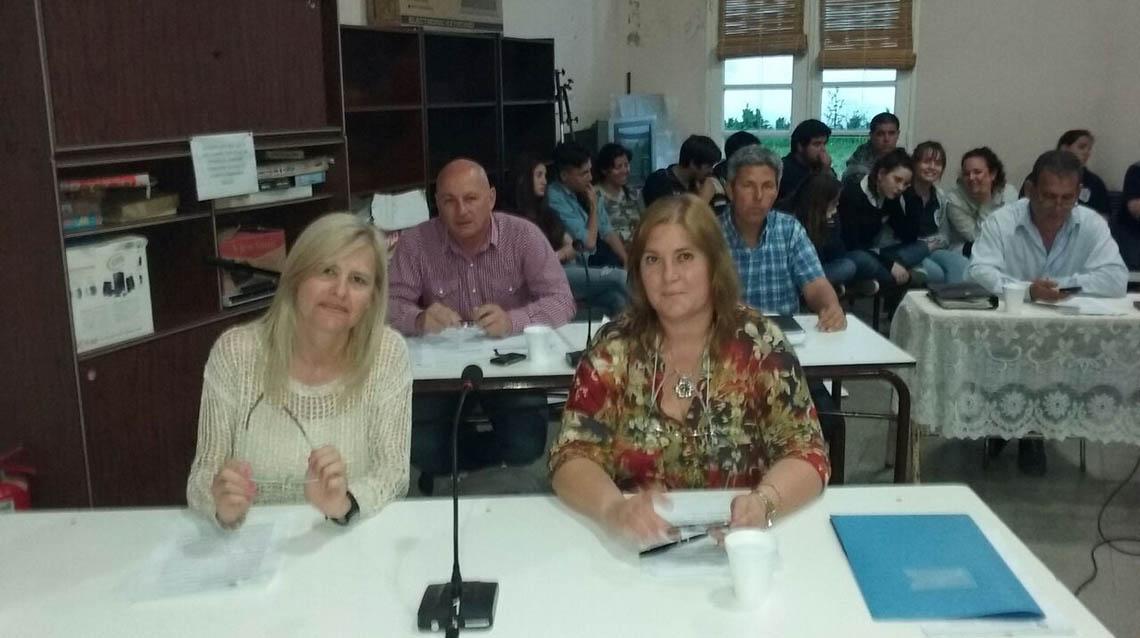 Concejales sesionaron en Morea