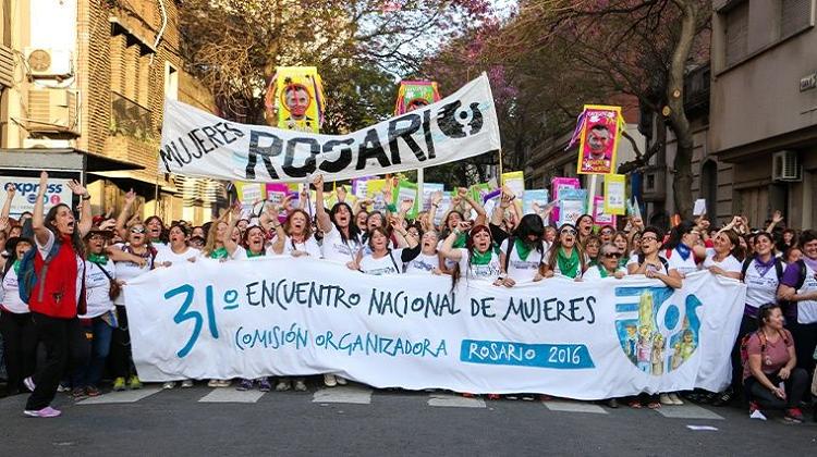 Feminismo: El nuevo desafío de crear una contra-hegemonía