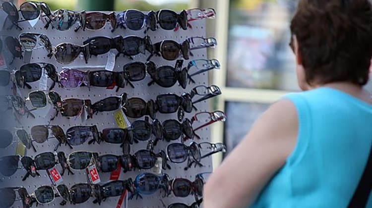 Decomisaron anteojos ilegales