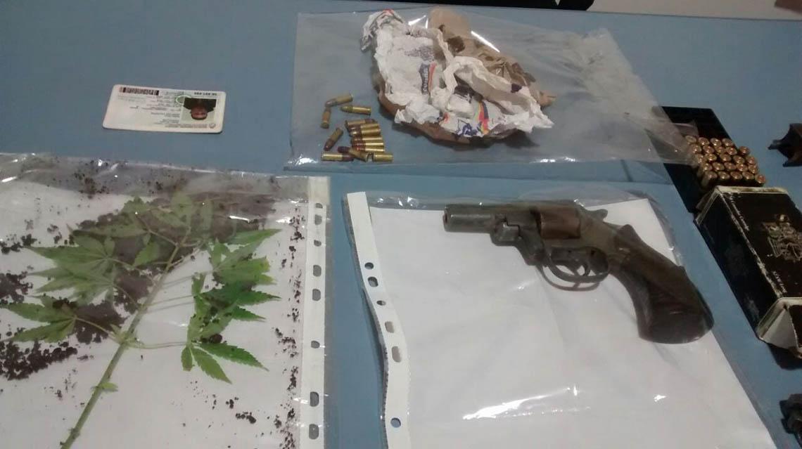 Policía realizó cinco allanamientos