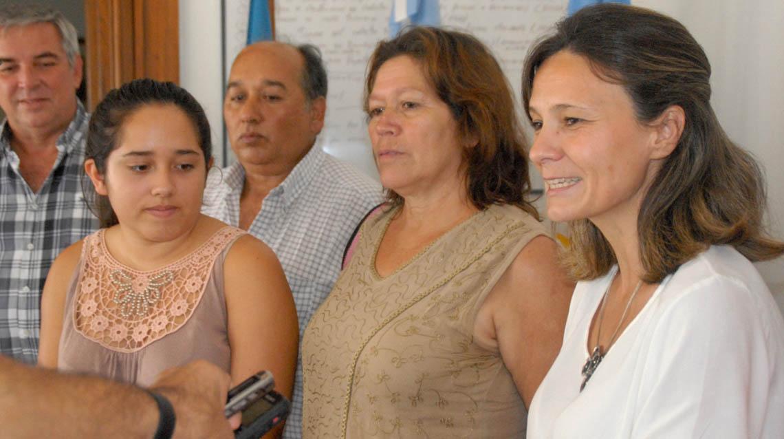 """Natalí Gómez la """"abanderada"""" nuevejuliense"""