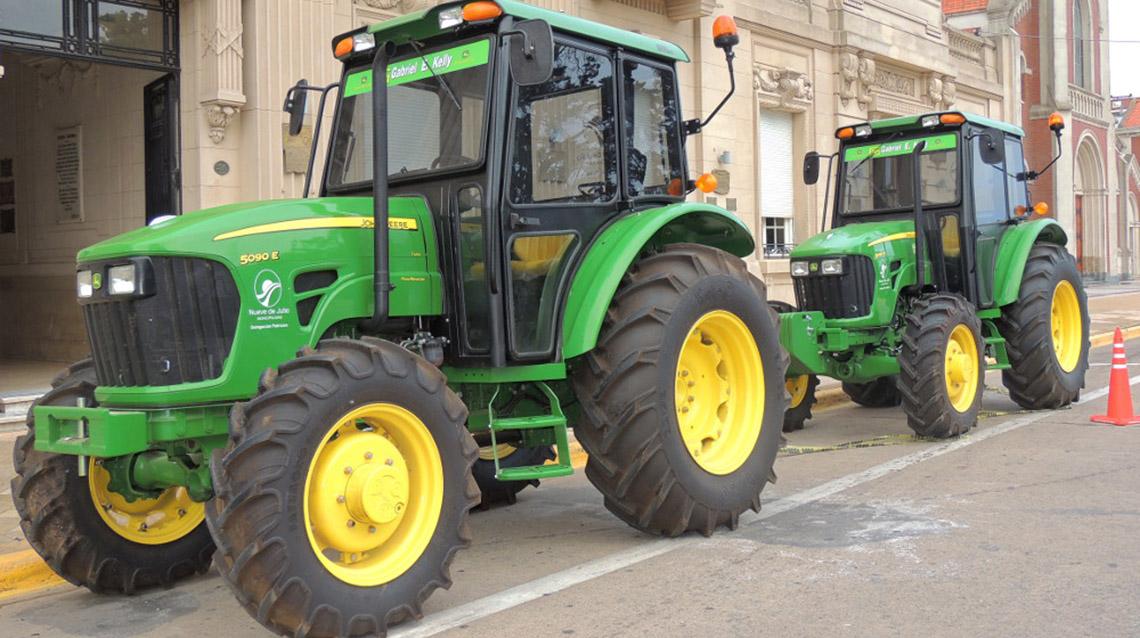 El municipio incorpora nuevos tractores