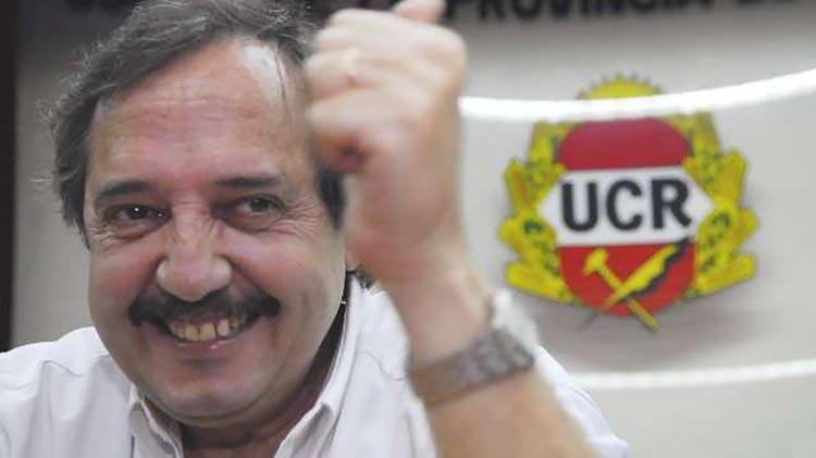 Alfonsín pidió más UCR para Cambiemos