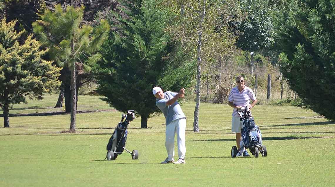 Atlético a puro golf
