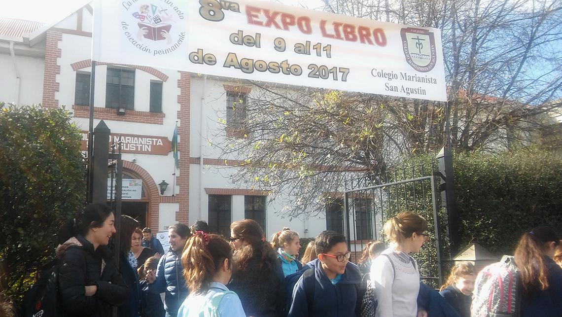 Se abre la Expo libro marianista