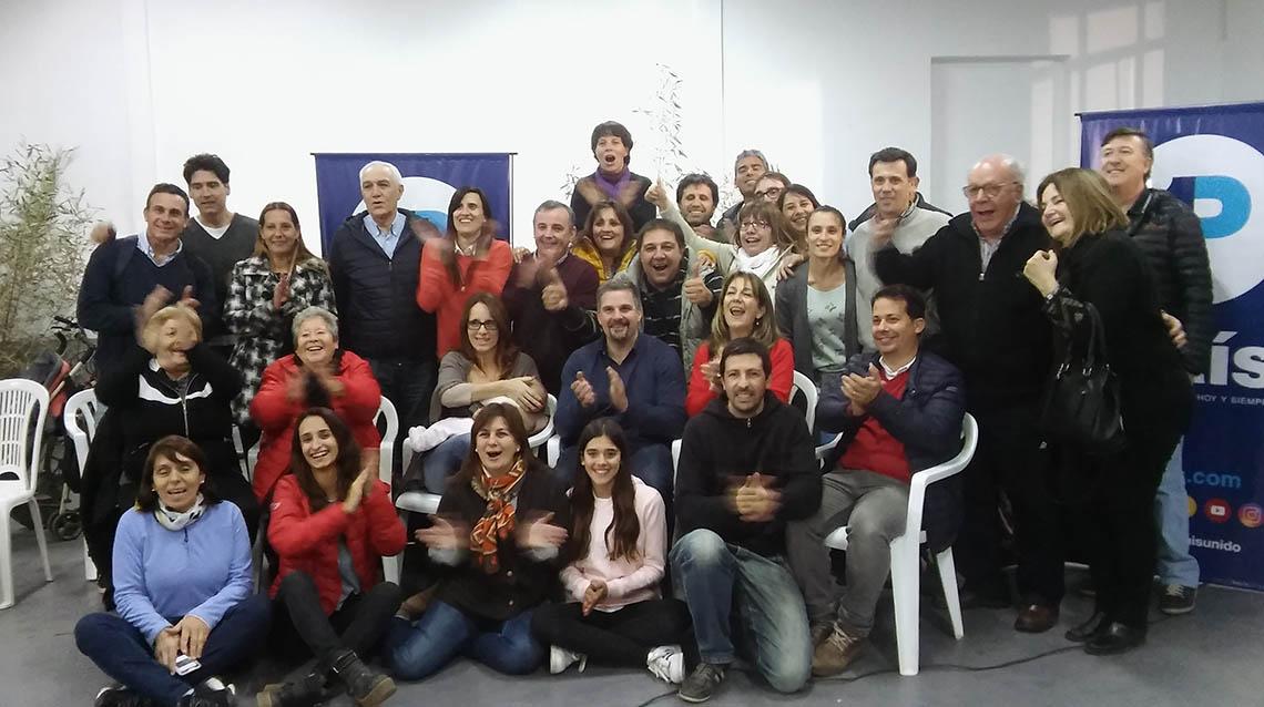"""""""Chachi"""" ganó la interna de1 País"""