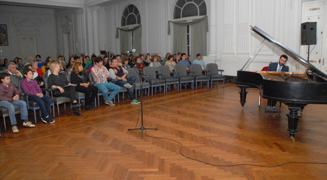 Brillante concierto de piano