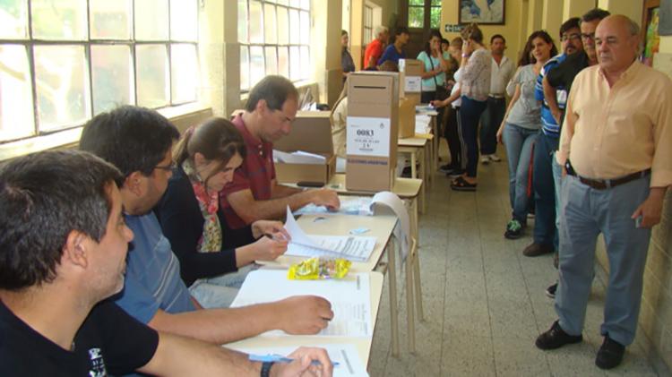 Elecciones en Nueve de Julio: Ya votó el 50 por ciento del padrón
