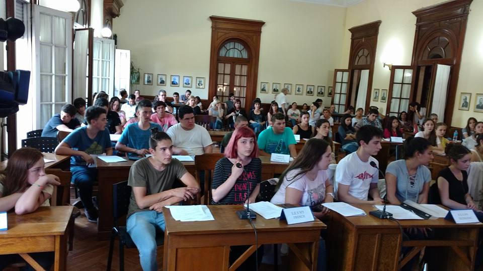 Sesión Estudiantil en el Concejo