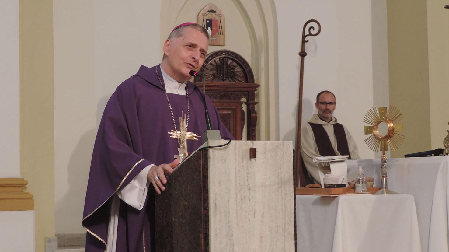 El obispo convoca a buscar motivos y generar espacios de encuentro