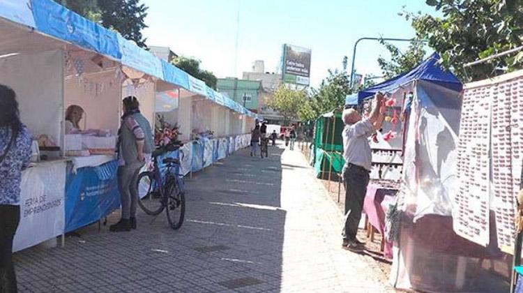 Ferias de Artesanos y Emprendedores