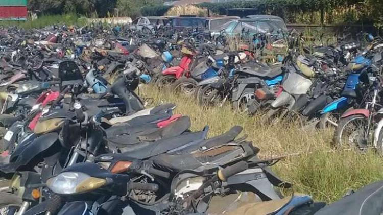 Compactan motos
