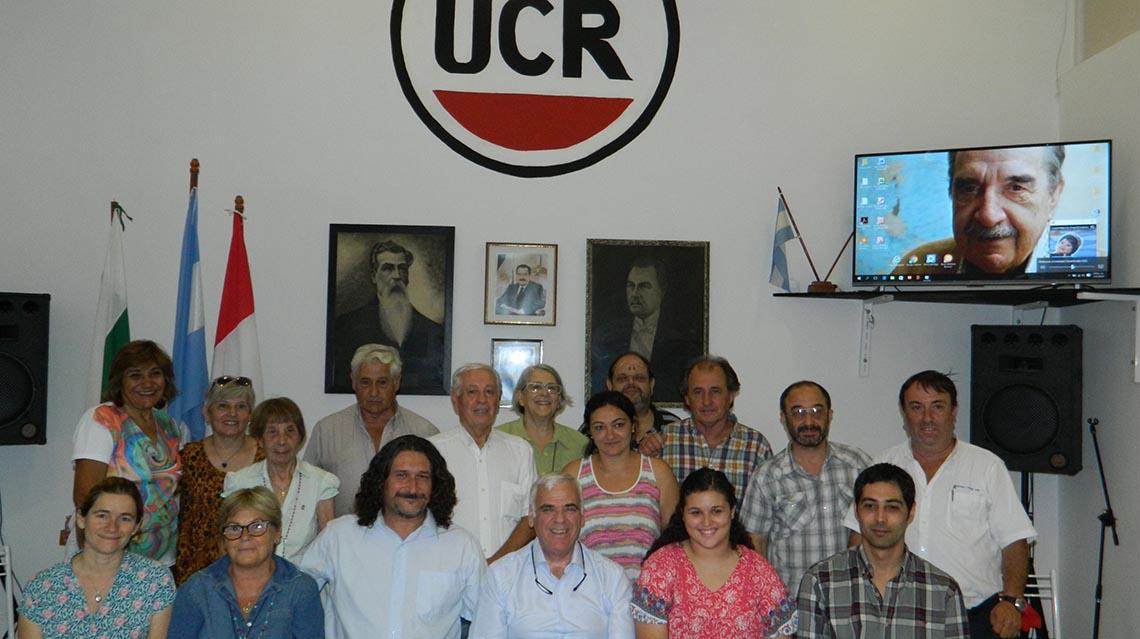Agrupación Raúl Alfonsín responde a Vivani