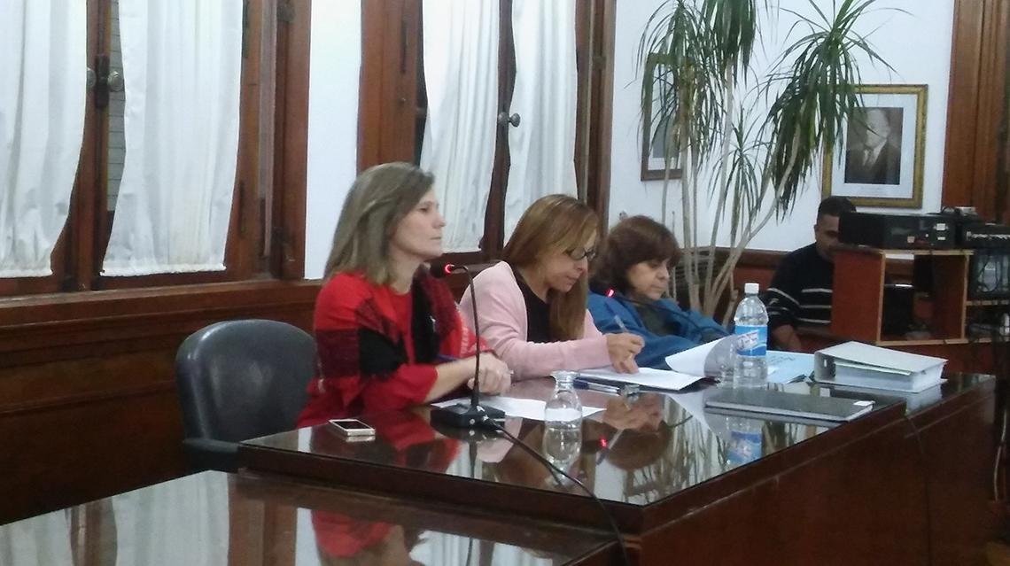 Barroso propuso adelantar el incremento salarial de los municipales