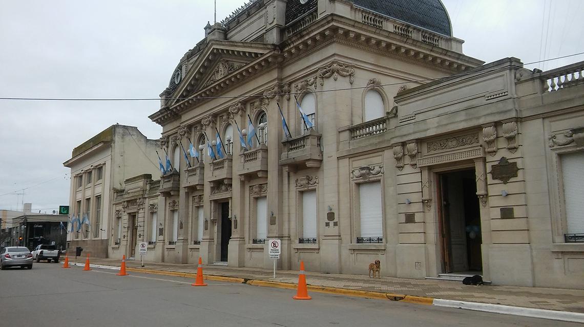 El municipio adelantará salarios