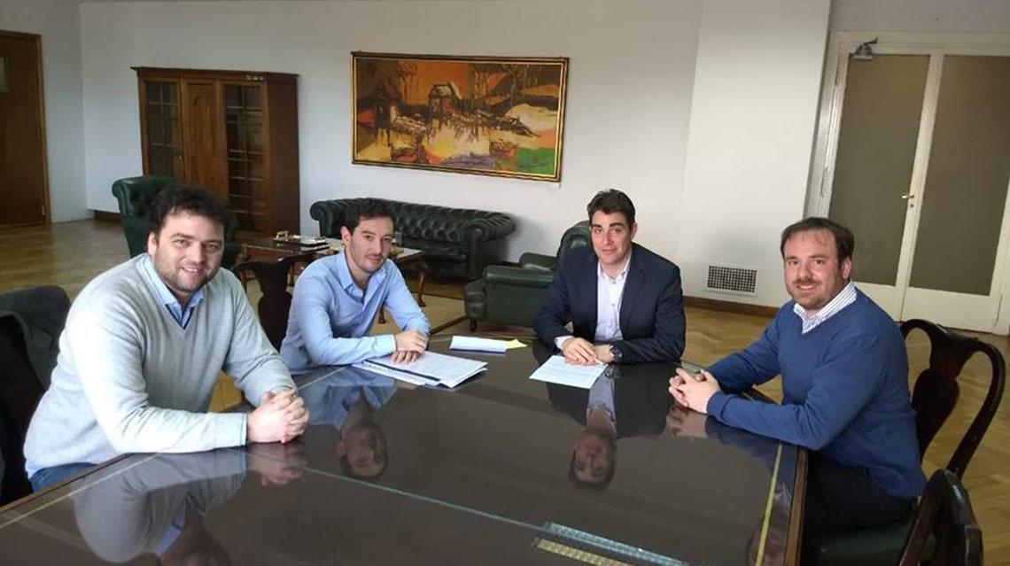 Barroso se reunió con Iguacel