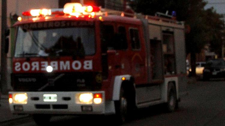Se incendió totalmente vivienda en Barrio Héroes de Malvinas