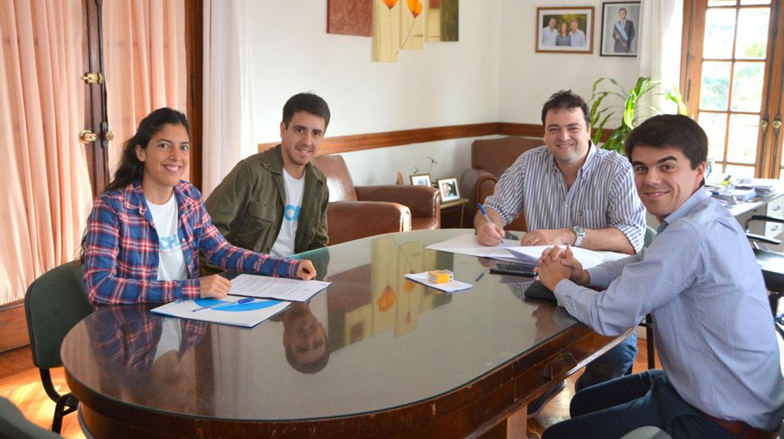 Barroso recibió a ONG TECHO