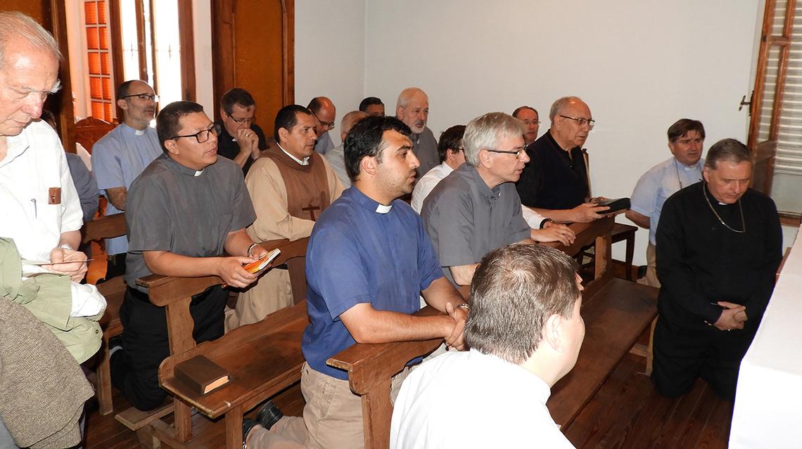 Reunión de sacerdotes en 9 de Julio