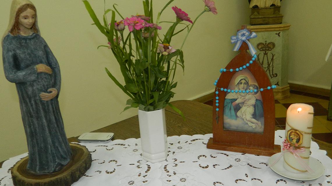 Misa y bendición de embarazadas