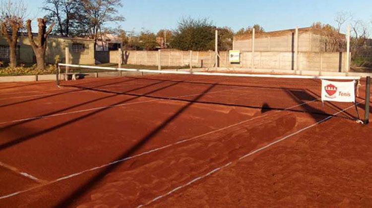 Agustín Álvarez inaugura canchas de tenis