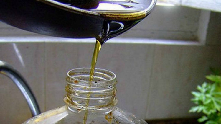 Recolección de aceite vegetal