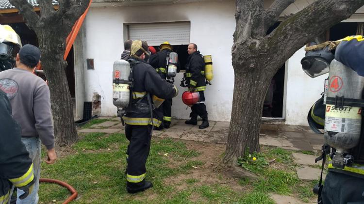 Incendio en vivienda de planta urbana