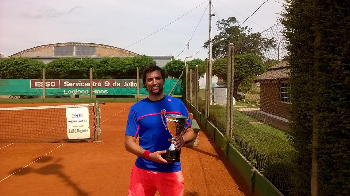 Juan Fortte campeón en San Martin
