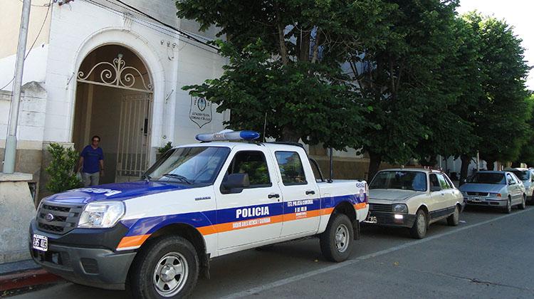 Policías nuevejulienses sufrieron un accidente en Ruta N°5