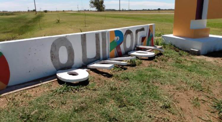 Repudiable acto de vandalismo en Acceso a Quiroga