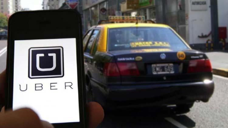 La batalla de Uber por llegar a la Argentina