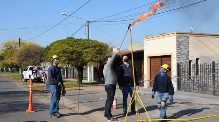 Inauguraron las obras de gas natural para El Provincial