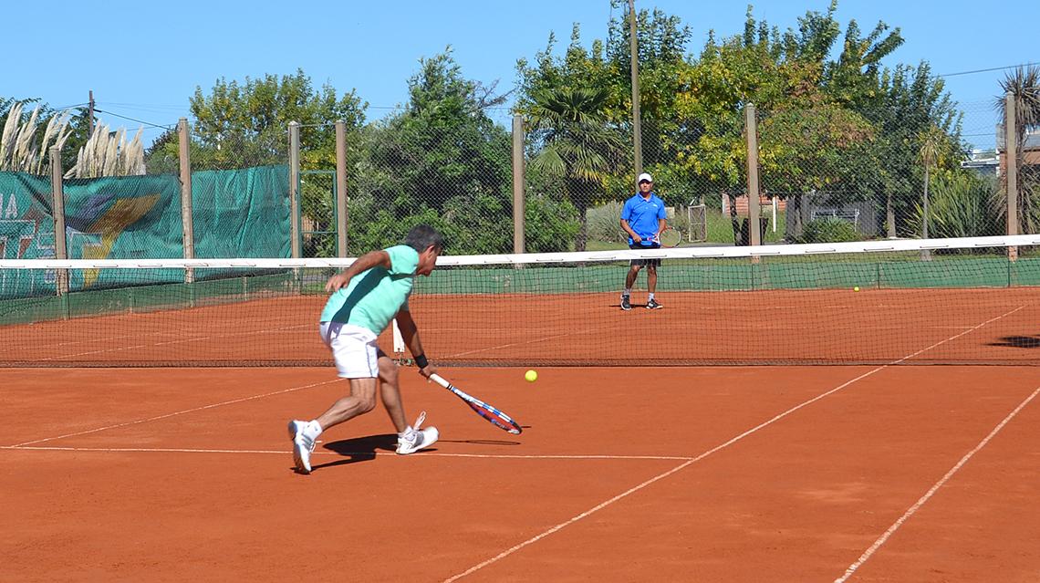El Tenis se pone barbijo en San Martín