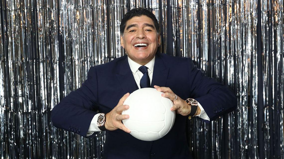 El mundo del fútbol se viste de luto: falleció Maradona