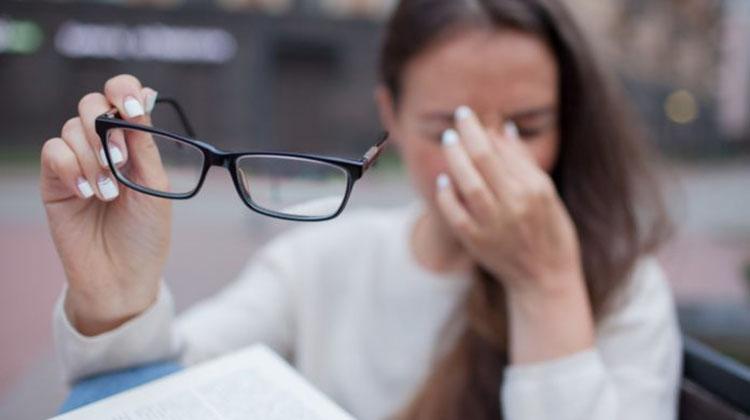 Problemas en la vista, efecto colateral de la pandemia
